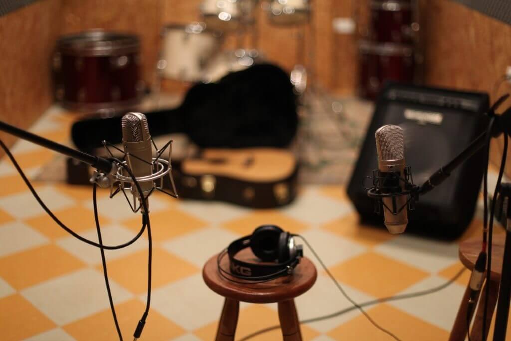 レコーディングエンジニアになるには?必要な知識とレコーディングを仕事にする方法