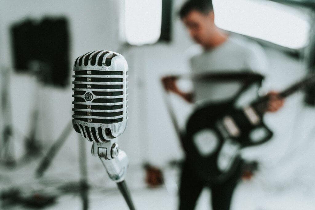 人気歌い手になるには?なりたい!有名になる方法とは 歌ってみたで有名になるための条件を解説